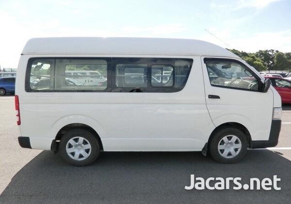 Toyota Hiace Bus 3,0L 2015-5
