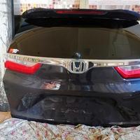 Honda crv 2018 tail gate and Honda crv bonnet