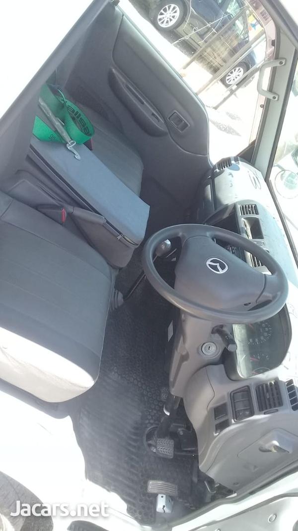 Mazda Truck-4