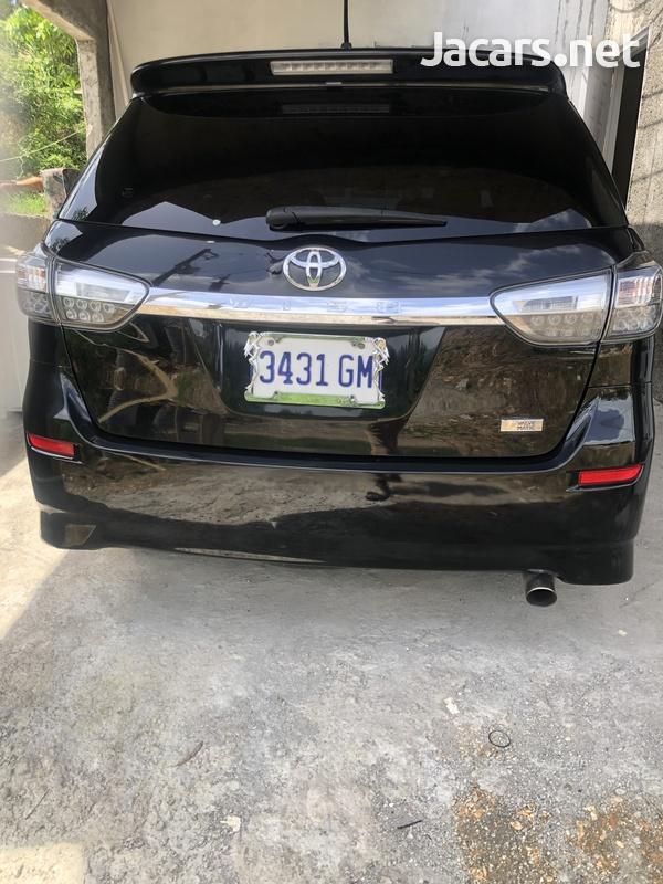 Toyota Wish 2,4L 2012-1