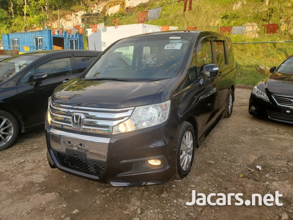 Honda Step wagon 2,0L 2011-1