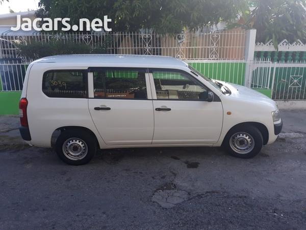 Toyota Probox 1,3L 2013-4