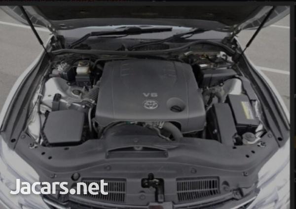 Toyota Mark X 2,5L 2016-6