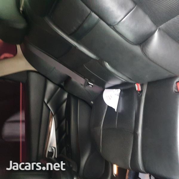 Nissan Fuga 2,5L 2010-5