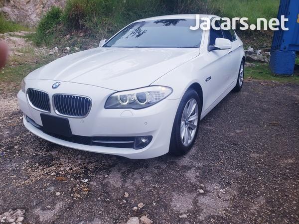 BMW 5-Series 2,5L 2013-1