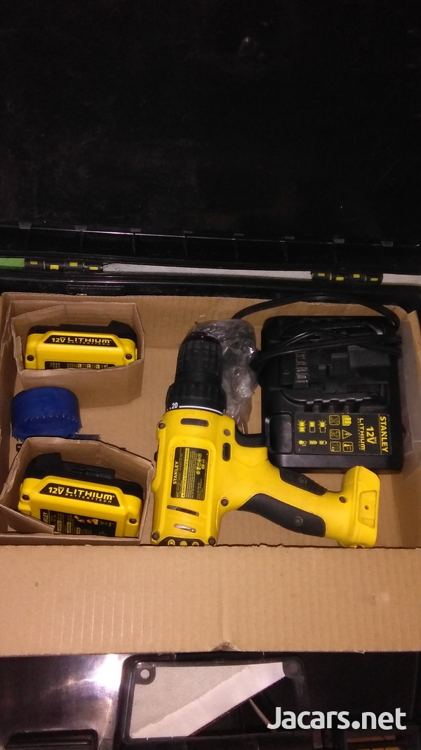 Brand new second hand standly dewalt drill set, cordless-1