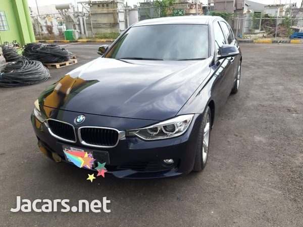 BMW 3-Series 1,9L 2013-1