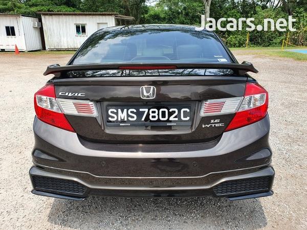 Honda Civic 1,6L 2015-4