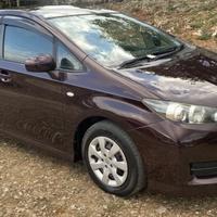 Toyota Wish 1,5L 2012