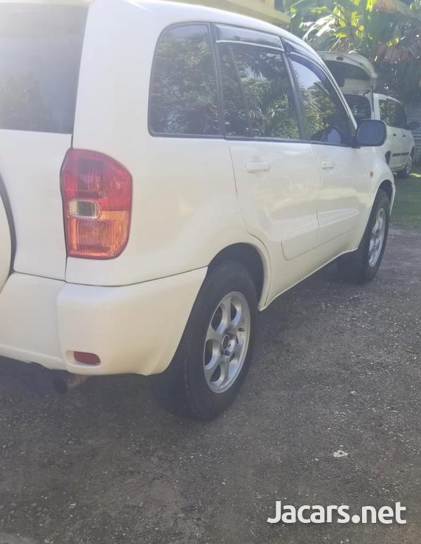 Toyota RAV4 2,0L 2001-7