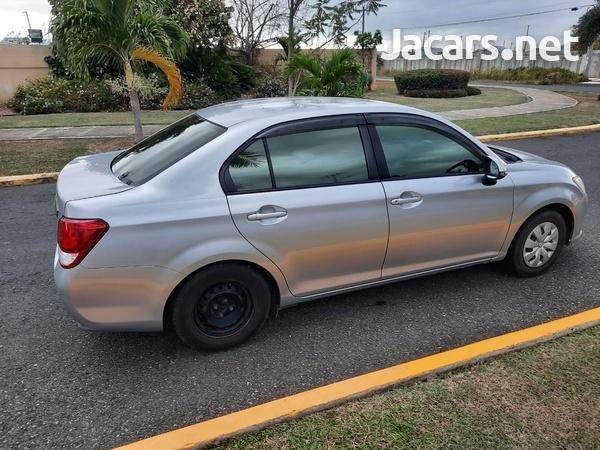 Toyota Axio 1,4L 2013-3