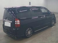 Toyota Voxy ZS 1,9L 2013
