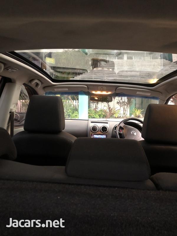 Nissan Dualis 2,0L 2011-6