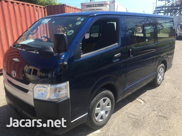 Toyota Hiace Bus 2,0L 2016-5
