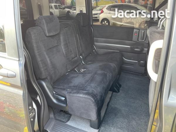 Honda Step wagon 2,0L 2010-11