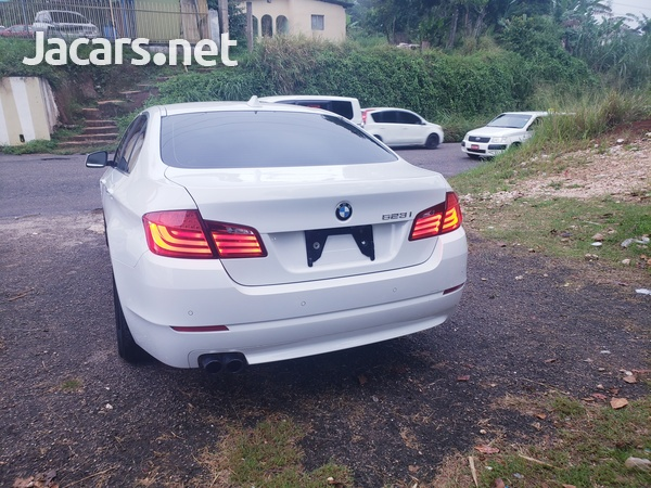 BMW 5-Series 2,5L 2013-4
