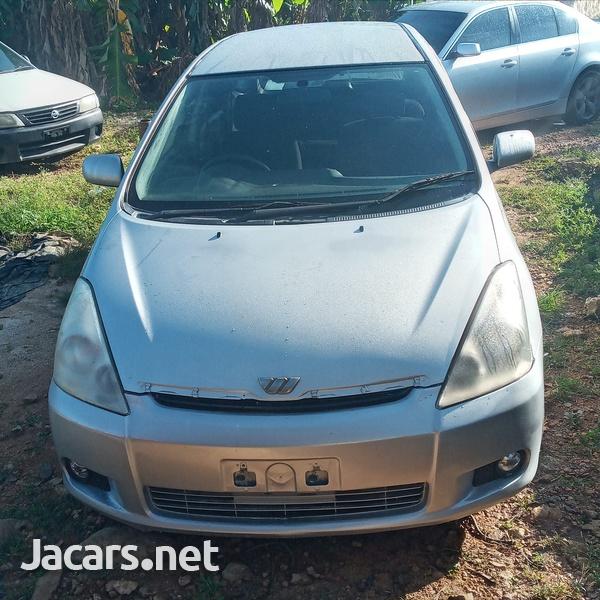 Toyota Wish 2,0L 2005-1