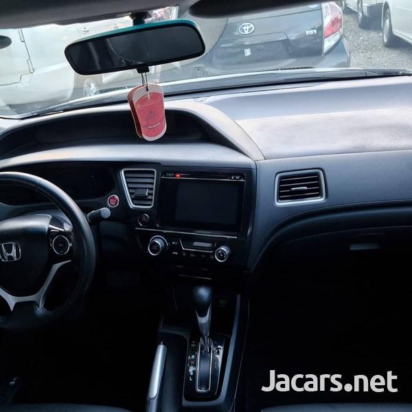 Honda Civic 1,9L 2015-8