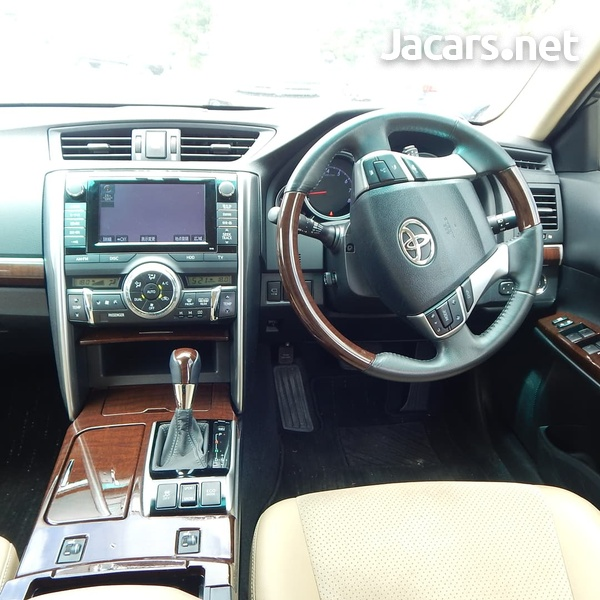 Toyota Mark X 3,4L 2014-4