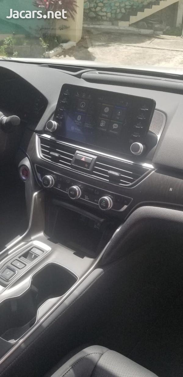 Honda Accord Touring 2,0L 2018-2