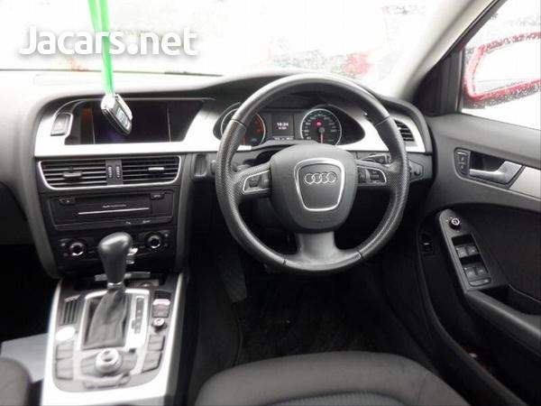 Audi A4 2,0L 2012-6
