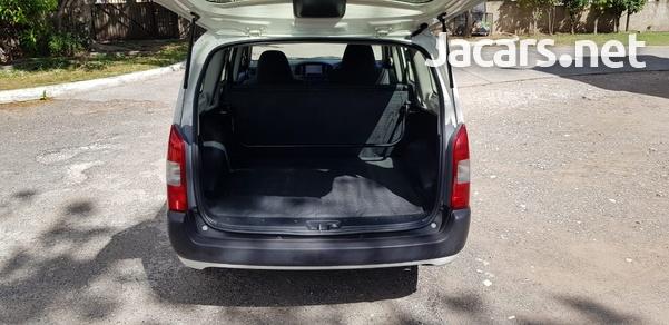 Toyota Probox 1,5L 2014-5