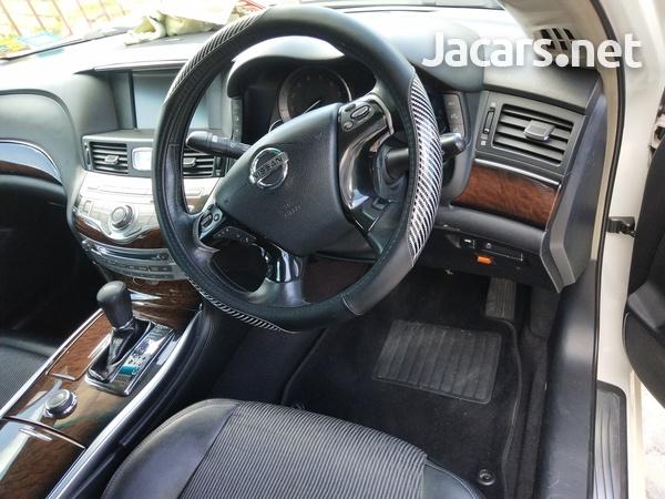 Nissan Fuga 3,7L 2011-2