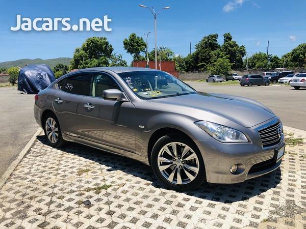 Nissan Fuga 3,7L 2014-1