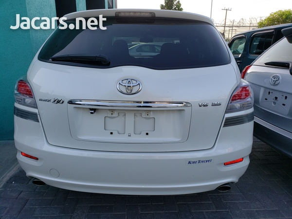 Toyota Mark X 2,4L 2013-3