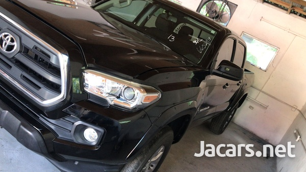 Toyota Tacoma 3,5L 2017-3
