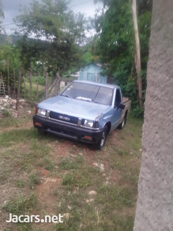Isuzu Pick-up 2,6L 1991-6