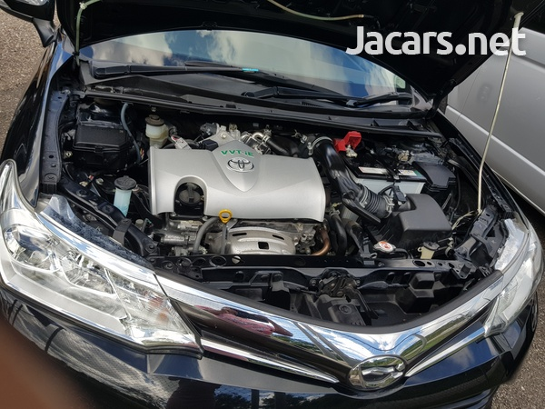 Toyota Axio 1,5L 2017-11
