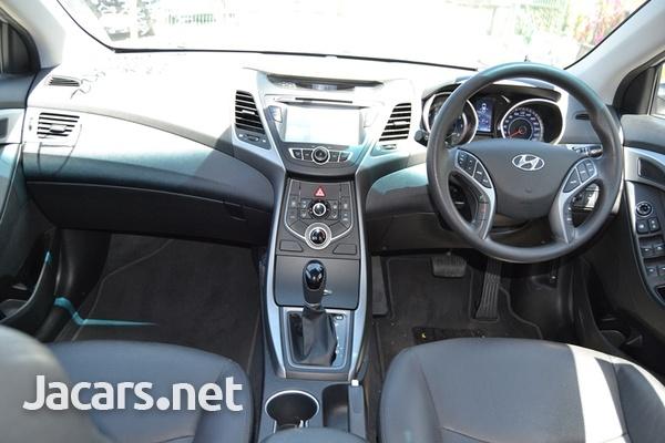 Hyundai Elantra 1,5L 2015-12