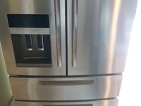 Maytag double door refrigerator, with ice maker and freezer