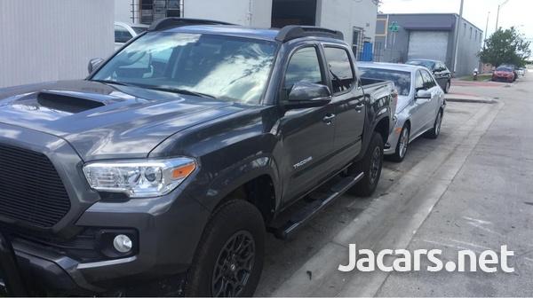 Toyota Tacoma 2,7L 2017-3