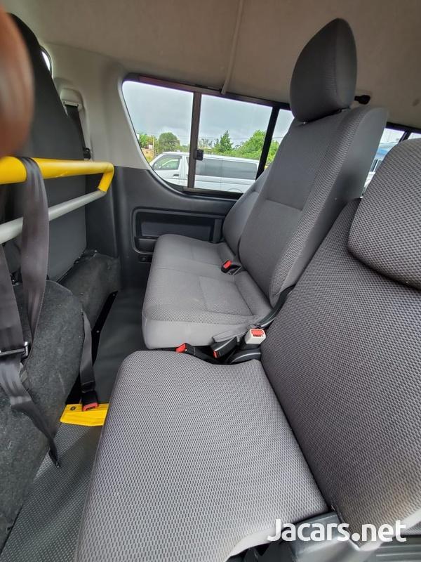 Toyota Hiace 2,0L 2013-14