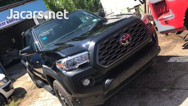 Toyota Tacoma 2,7L 2019-1