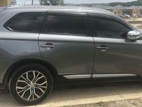 Mitsubishi Outlander or Airtrek 2,0L 2018