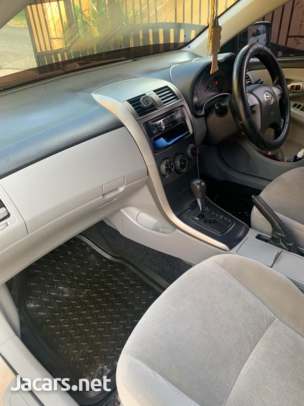 Toyota Corolla XLi 1,6L 2013-11