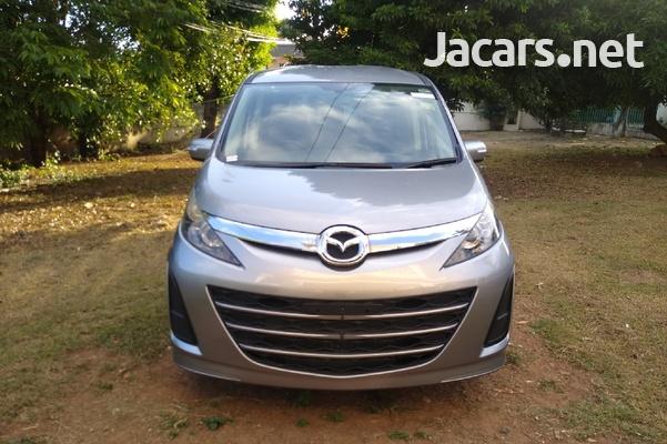 Mazda Biante 2,0L 2013-1