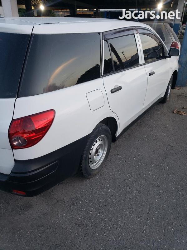 Nissan AD Wagon 1,5L 2014-13