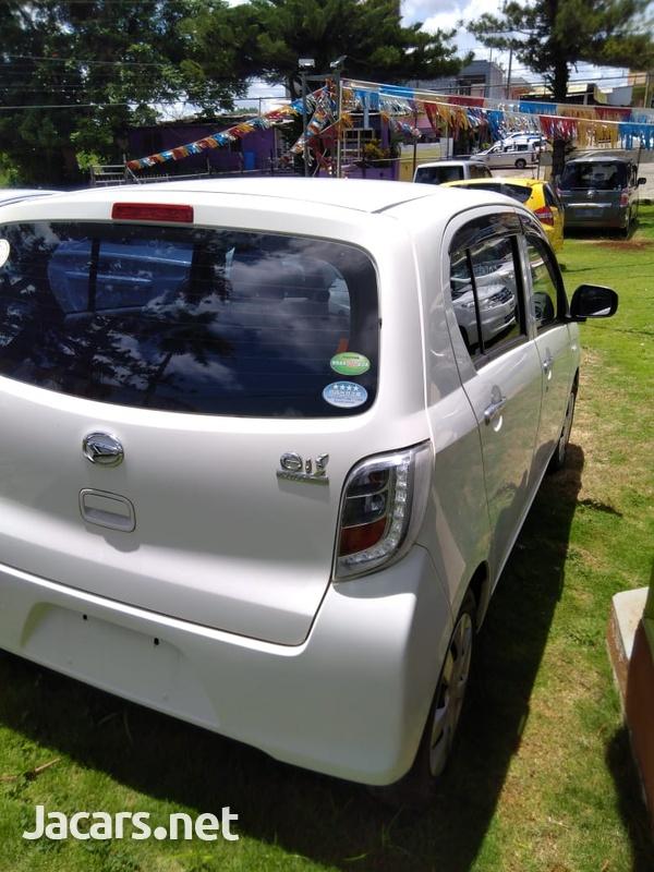 Daihatsu MIRA 0,7L 2014-6