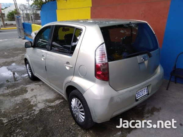 Daihatsu Boon 1,0L 2008-7