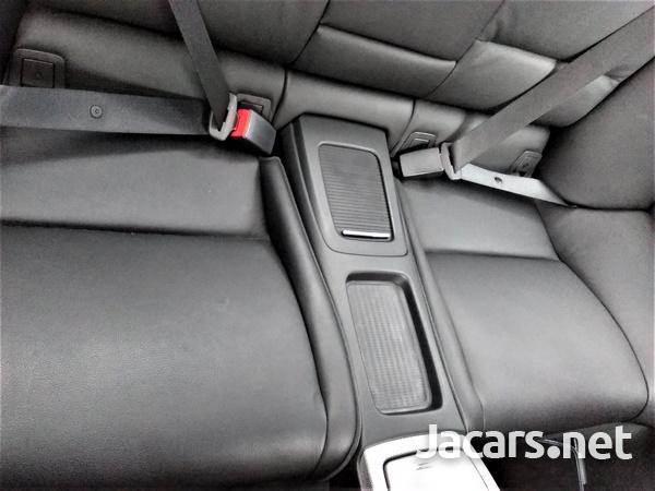 BMW 3-Series 3,0L 2013-7