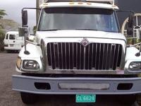 2006 International 7400 Truck