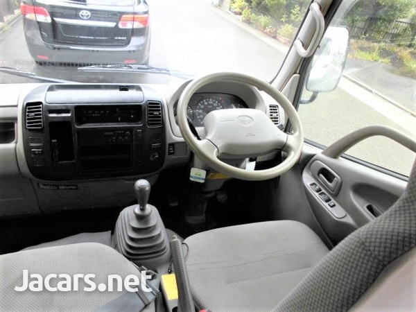 2015 Toyota Toyace with Cabin-13
