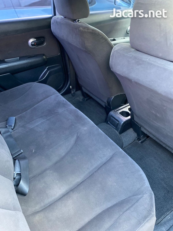 Nissan Tiida 1,5L 2013-6