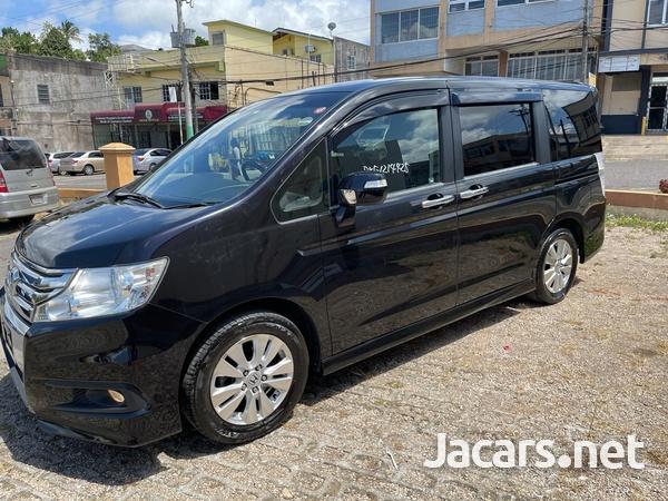 2012 Honda step wagon spada-3