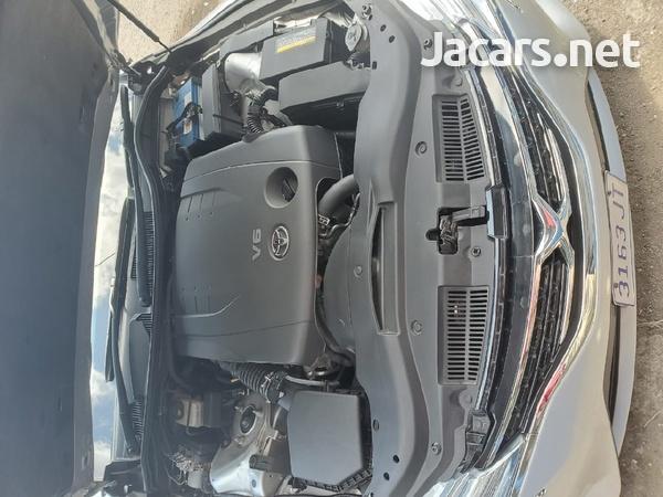 Toyota Mark X 2,5L 2013-4
