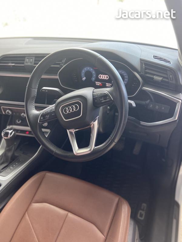 Audi Q3 2,0L 2020-7